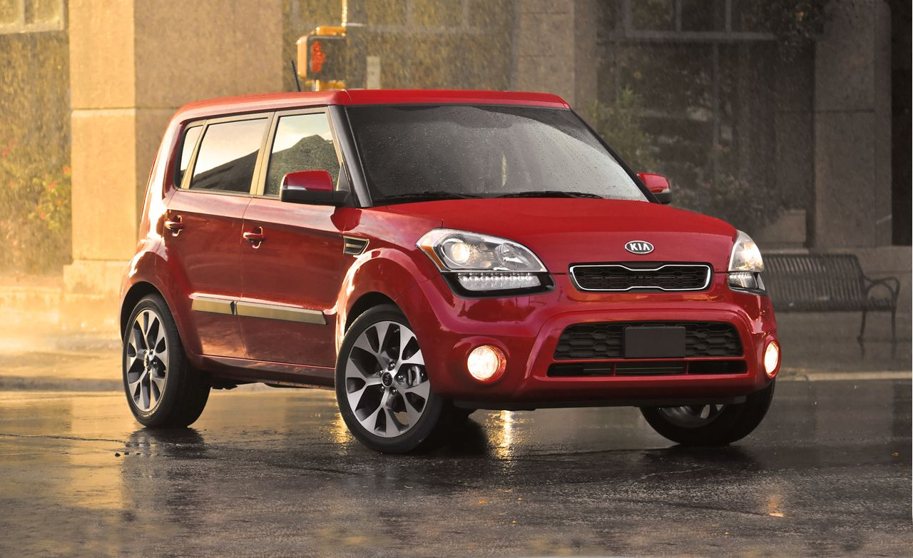 2011 kia soul review car and driver
