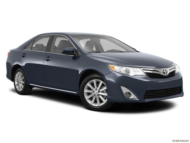 2014 toyota camry reviews and ratings