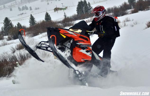 2015 polaris switchback assault 800 review