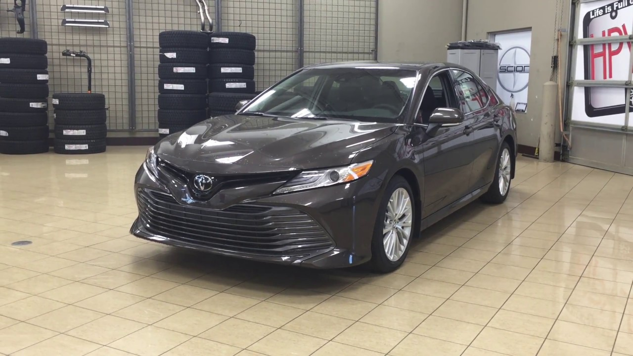 2018 toyota camry xle review