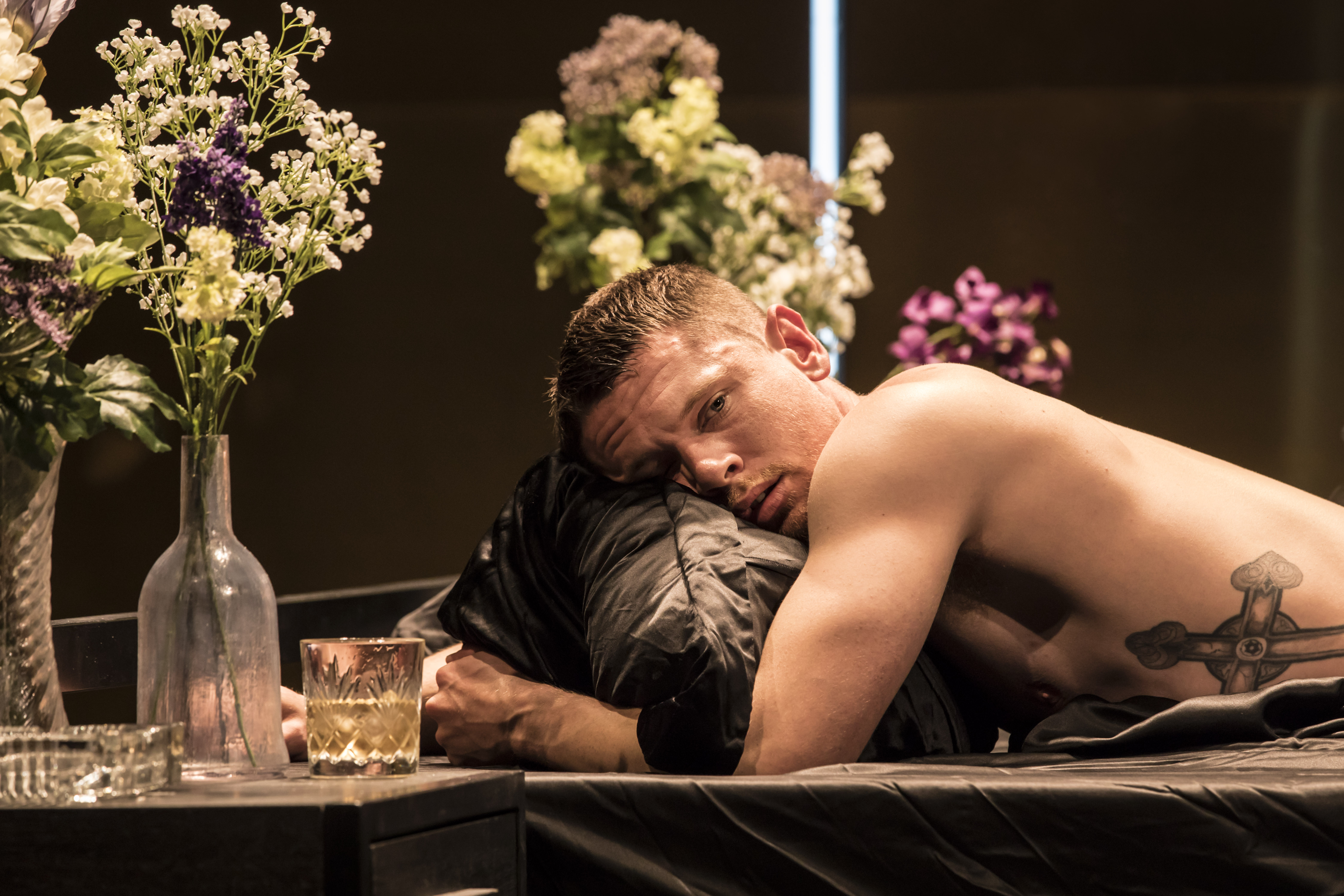 cat on a hot tin roof london review