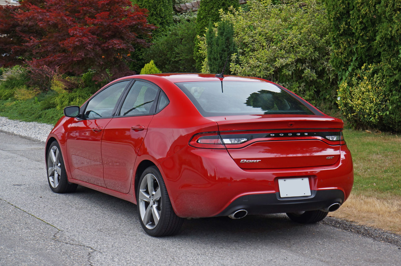 2014 dodge dart review canada
