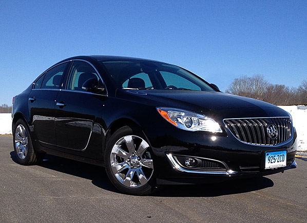 2011 buick regal consumer reviews