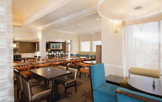 hilton garden inn west edmonton reviews