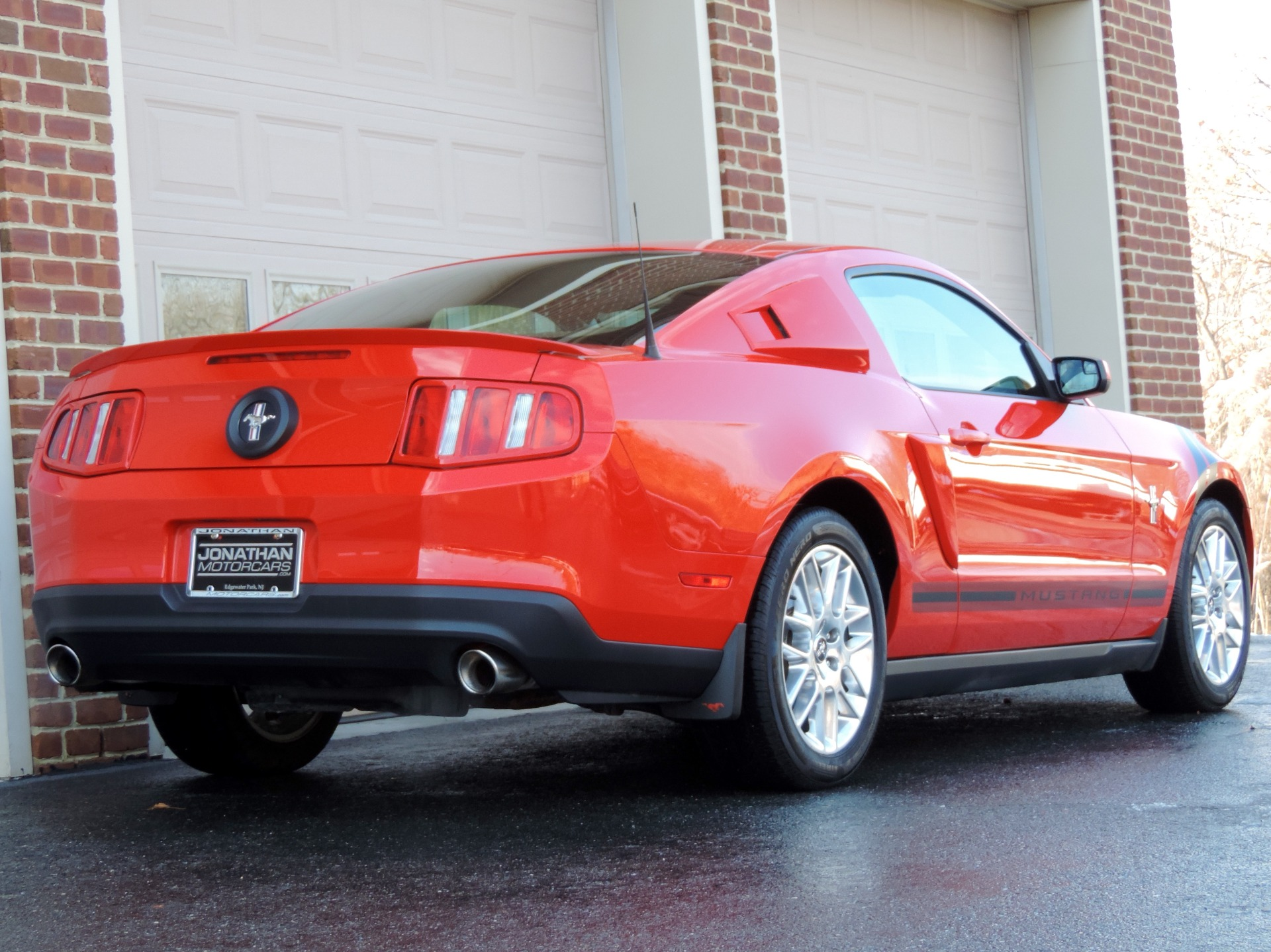 2012 ford mustang v6 premium review