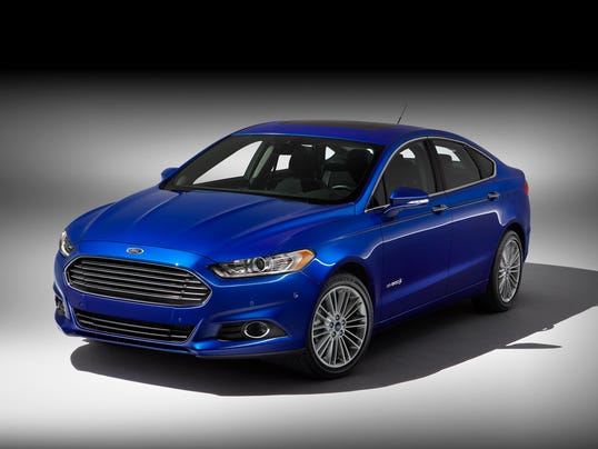 2014 ford fusion hybrid review