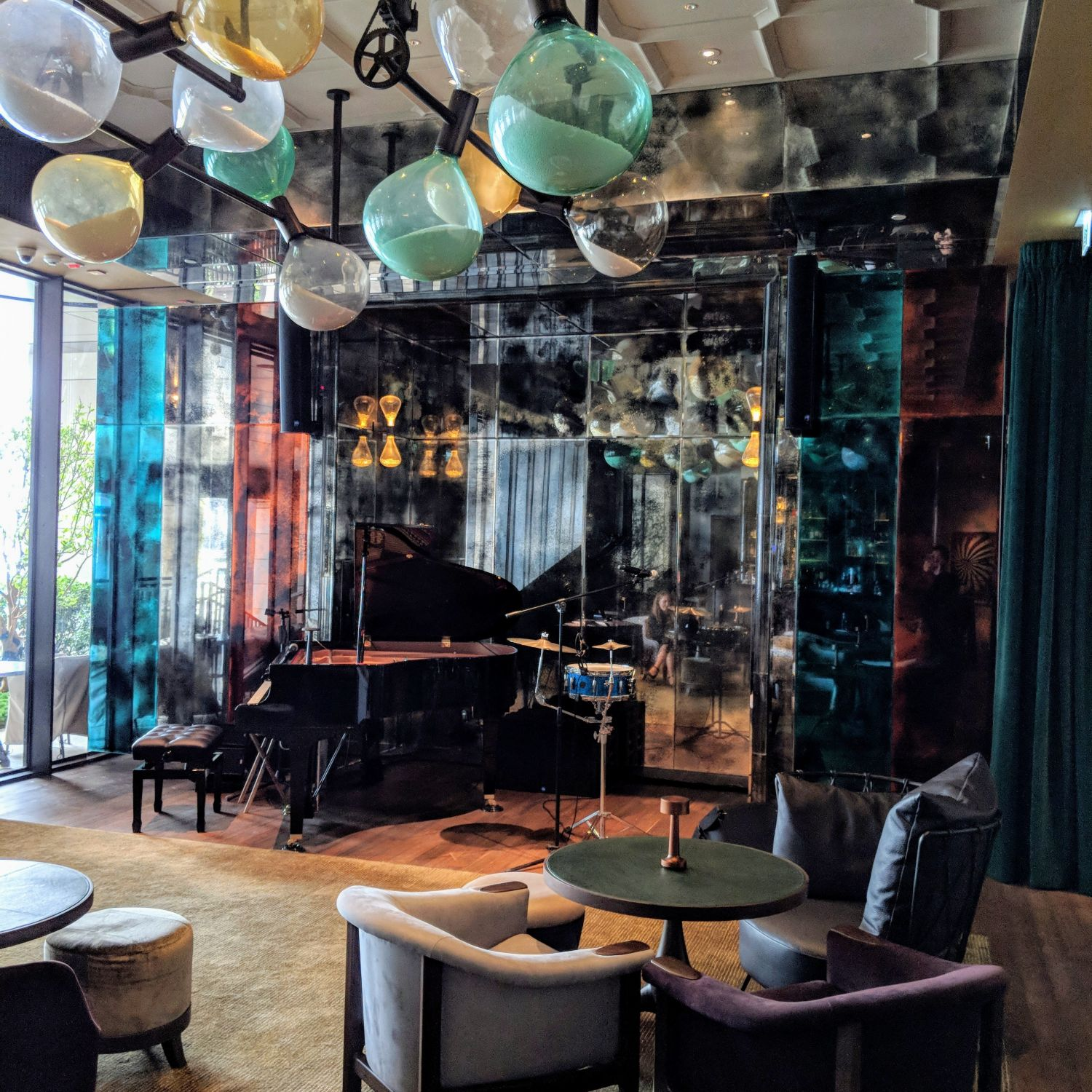 butterfly on victoria hong kong review
