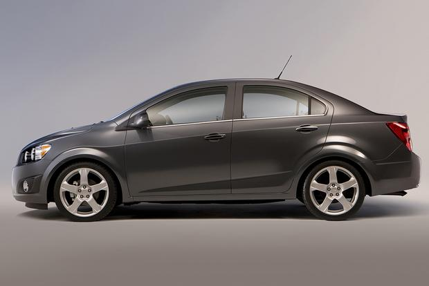 2013 chevrolet sonic lt review