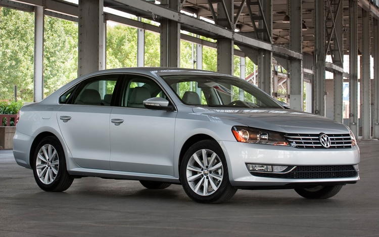 2012 vw passat review motor trend