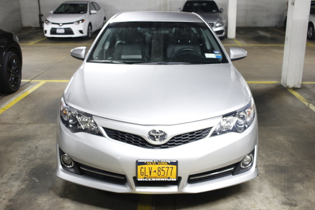 2014 camry se sport review