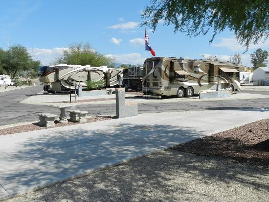 far horizons tucson village rv resort reviews