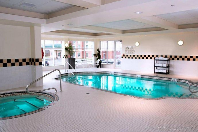 hilton garden inn halifax airport reviews