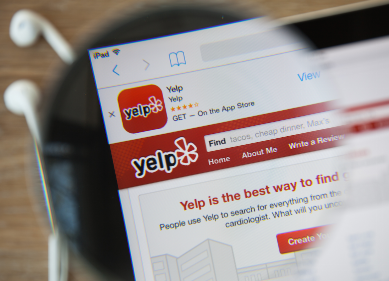 how to spot fake yelp reviews