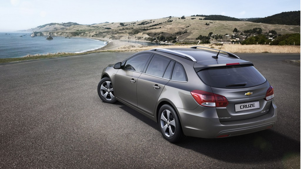 chevrolet cruze station wagon review
