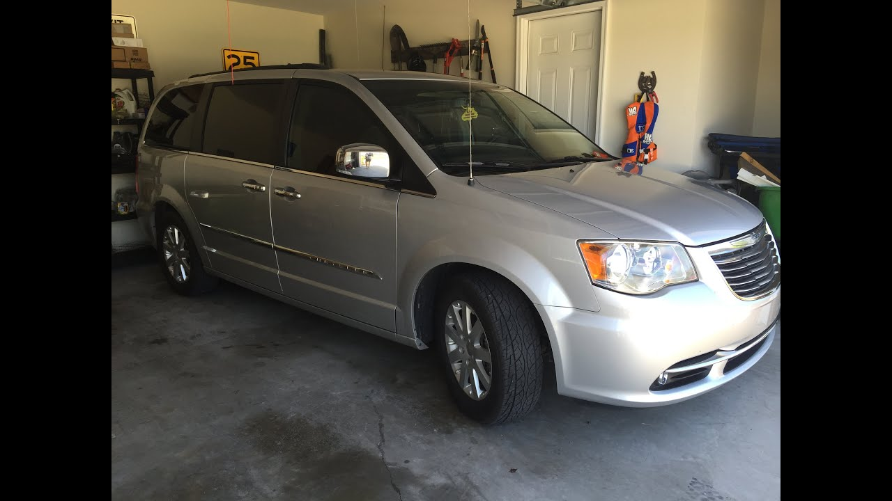 chrysler town and country reviews