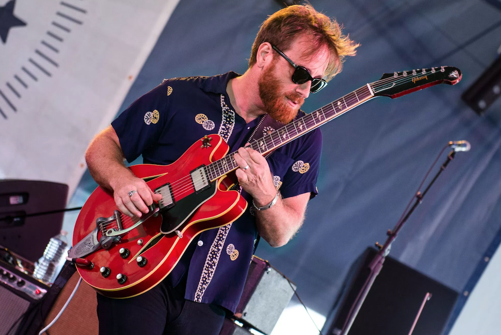 dan auerbach waiting on a song review