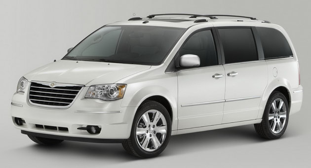 2010 chrysler town and country reviews