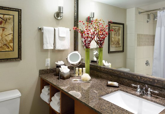 crowne plaza minneapolis west reviews