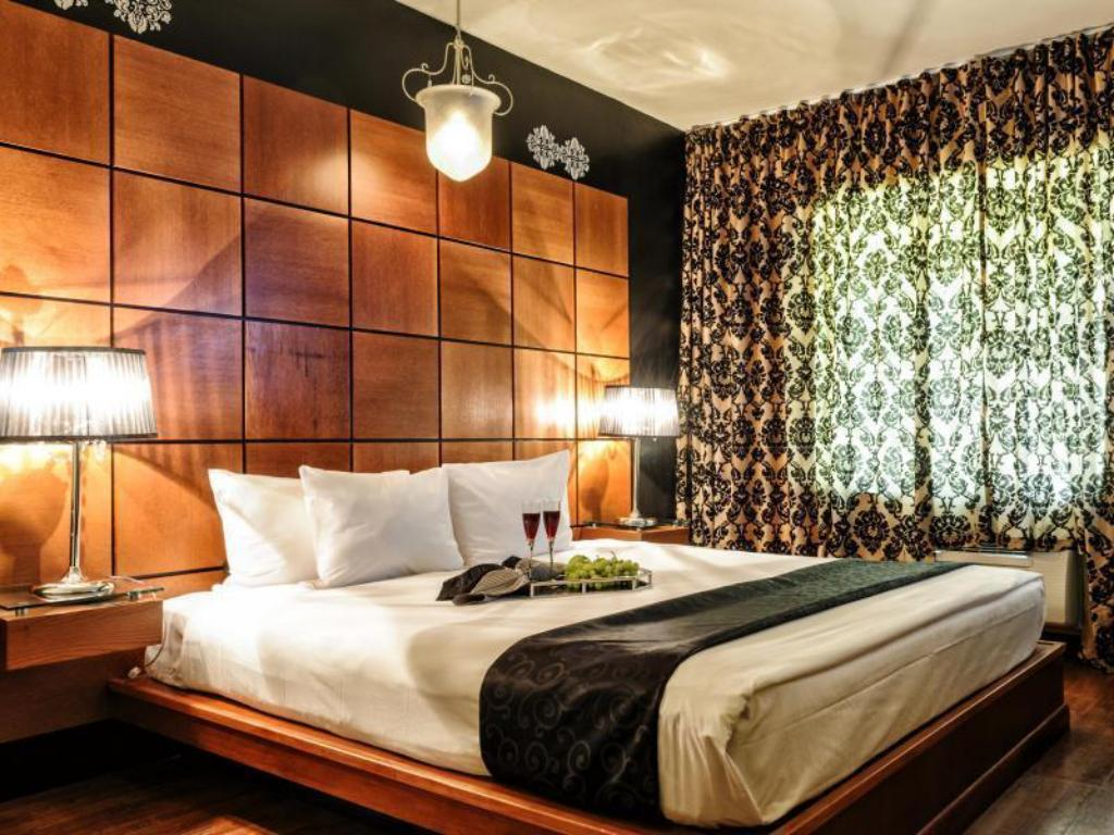 chesterfield hotel and suites miami beach reviews