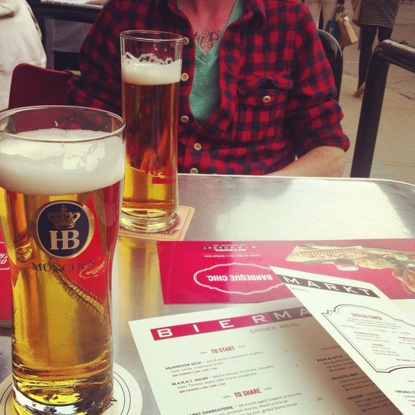 bier markt king west review