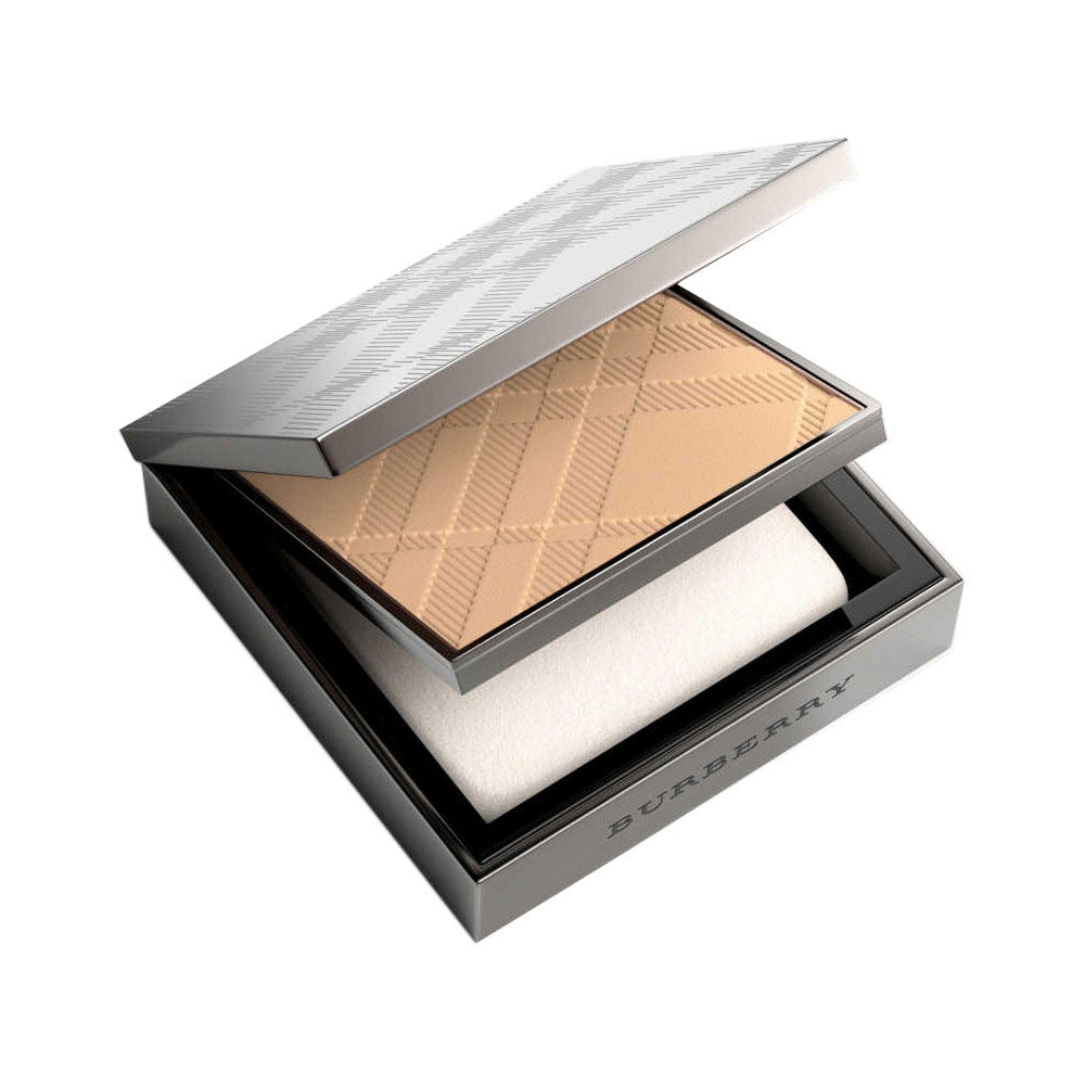 burberry fresh glow compact foundation review