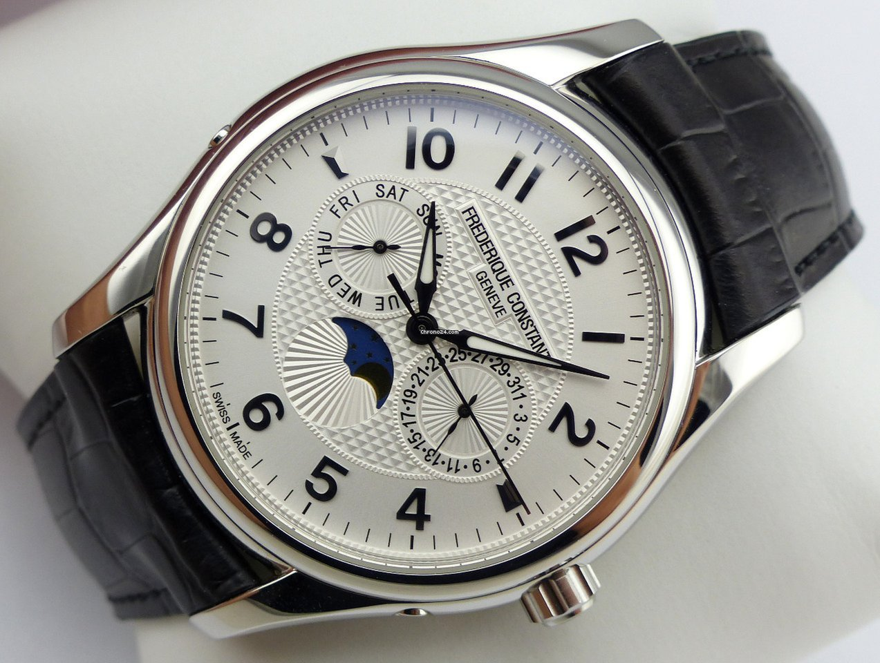 frederique constant runabout moonphase review