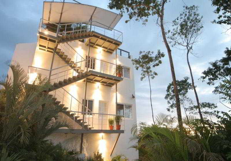 gaia hotel and reserve reviews