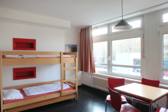 gay youth hostel berlin review