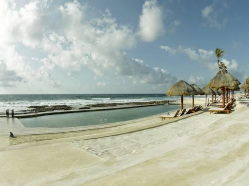 grand palladium yucatan royal suites reviews