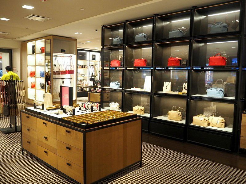 gucci outlet woodbury commons reviews