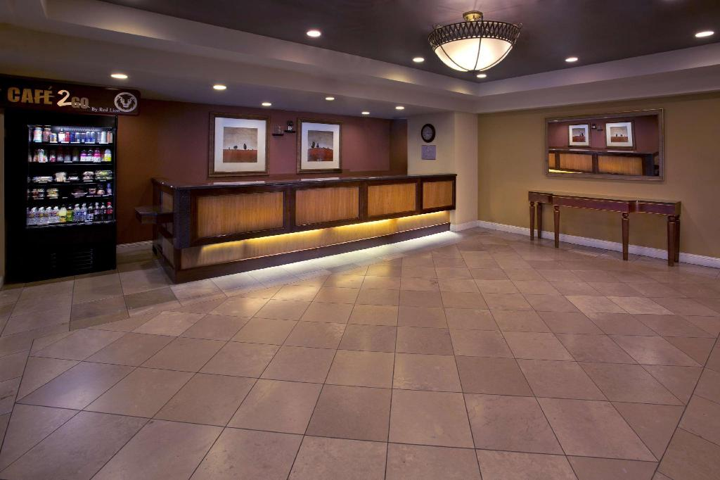 red lion hotel seattle airport reviews